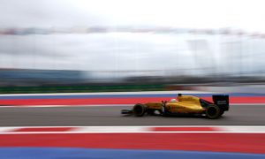 Renault to give Sirotkin further FP1 outing