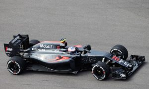 Button expects 'tricky' race despite promising Friday