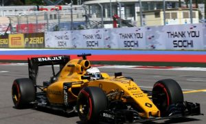 Points in Russia a good first step for Renault - Vasseur