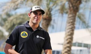 Maldonado, Van der Garde in line for Pirelli test roles