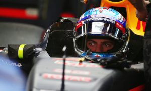 Verstappen looking to 'stay out of the walls' in Monaco