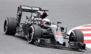 Button leads Vettel by 0.010s on Tuesday morning