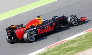 Verstappen expects street circuits to suit Red Bull 'even better'