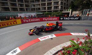 Ricciardo over 0.6s clear in error-strewn FP2