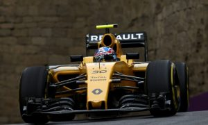 Renault facing tough decision on when to focus on 2017 car - Prost