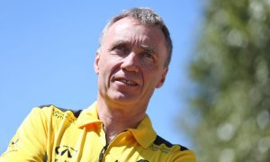 'Happy to leave street circuits behind' says Renault's Bob Bell