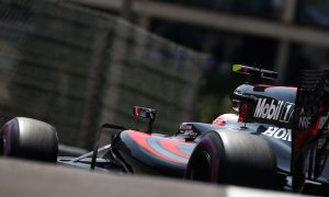 McLaren working 50/50 on 2016 and 2017 F1 car