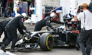 Gearbox issues force early finish for Alonso