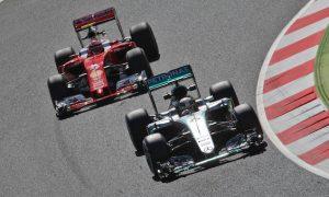 Raikkonen not giving up on Mercedes challenge