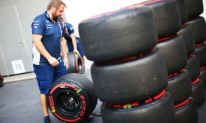 Williams 'couldn't afford' 2017 tyre test program