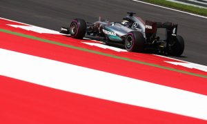 Hamilton braced for 'tricky' first stint on ultrasofts