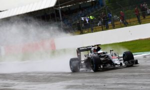 Alonso tops opening day of rain-hit test at Silverstone
