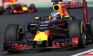 Verstappen 'sure' he can bridge 0.7s gap to Ricciardo