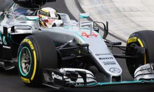 Hamilton attributes FP2 crash to new kerbs