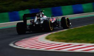 Top 3 teams out of reach for McLaren - Button