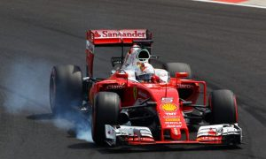 Vettel  blames Button for botched lap