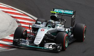 Rosberg adamant he had 'big lift' under yellows on pole lap