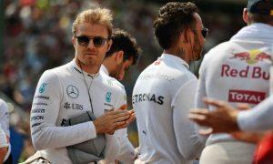 Yellow flag debate divides Rosberg and Hamilton
