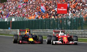 Verstappen tops overtaking chart in 2016, sets new record