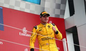 Rowland feels like the underdog in Renault battle