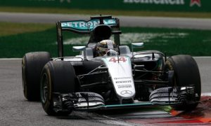 Has Mercedes 'trick' suspension just been exposed?