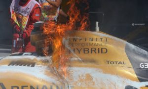 GALLERY: Magnussen's fire at the Malaysian Grand Prix