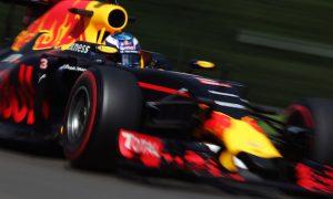 Ricciardo plays down podium chances for Red Bull
