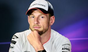 Button backs Hamilton for 2016 title