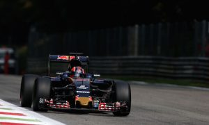 Kvyat able to 'work in the shadows' to improve