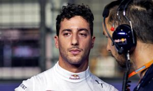 Ricciardo backs Rosberg over Hamilton