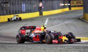 Verstappen 'lucky' to escape grid chaos
