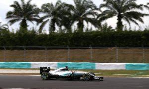 Hamilton beats Rosberg by 0.4s for Malaysia pole