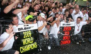 JB and Brawn GP win 2009 F1 titles