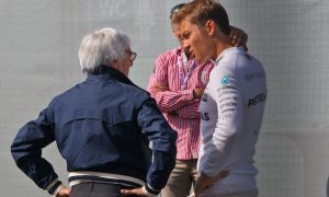 Rosberg spoke with Ecclestone over title comments