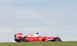 Ferrari should not change approach - Vettel
