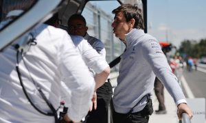 Mercedes feeling pressure of keeping strategy fight fair