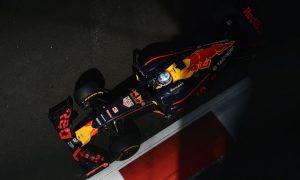 Ricciardo: I love the fight, but Vettel move was illegal