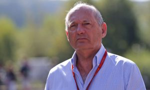 Ron Dennis donates £1M to provide free meals to NHS workers