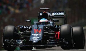 McLaren shareholders rejected bids, had talks with Apple