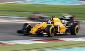 Palmer accepts blame for Sainz collision