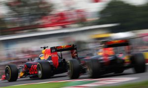 Red Bull to stick with controversial suspension