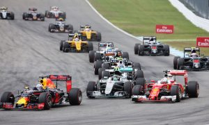 Ricciardo insists he will see Red Bull deal through