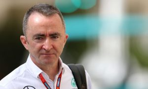 Lowe sees no reason to leave Mercedes... for now