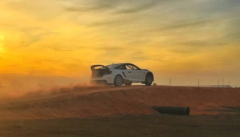 Video: Button samples Honda Civic rallycross car