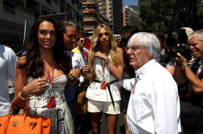 Ecclestone lightening up on F1 shares.. already