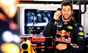 Ricciardo longing to drive 'the fastest car in the world'!