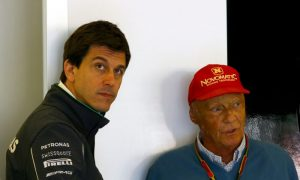 How much are Lauda and Wolff getting paid?