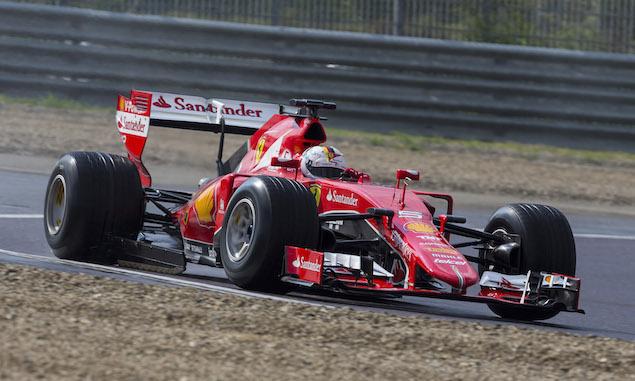 Vettel test crash 'not the fault of Pirelli tyres'