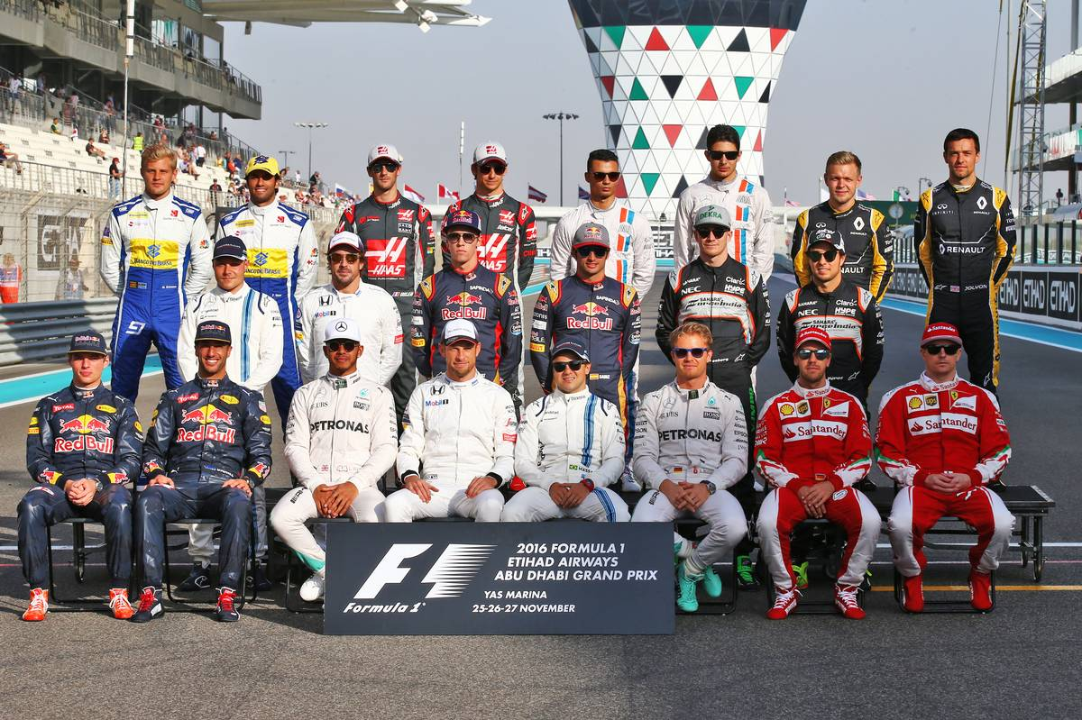 Estimated 2017 F1 driver salaries