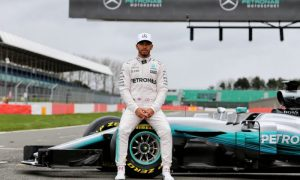 Hamilton focused on Red Bull 'downforce' threat